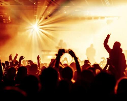 Eventi pubblici contro la paura. Combattere l'odio con l'amore per la musica